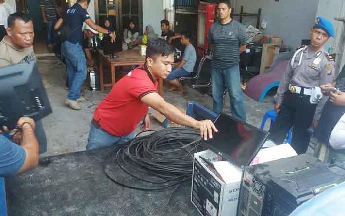 Pemilik TV Kabel Terancam Denda Rp 5 M dan Penjara 2 Tahun
