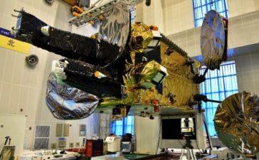 Satelit Nusantara Dua Hancur